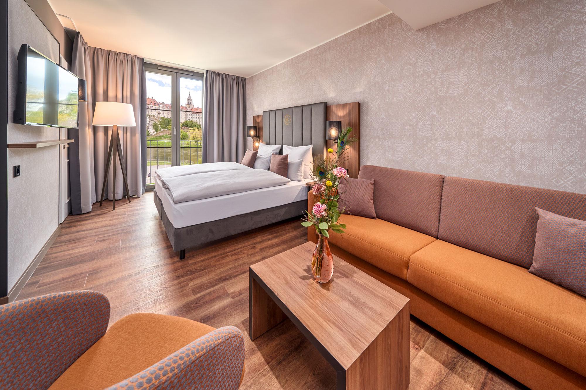Karls Hotel Sigmaringen Familienzimmer barrierefrei Bett