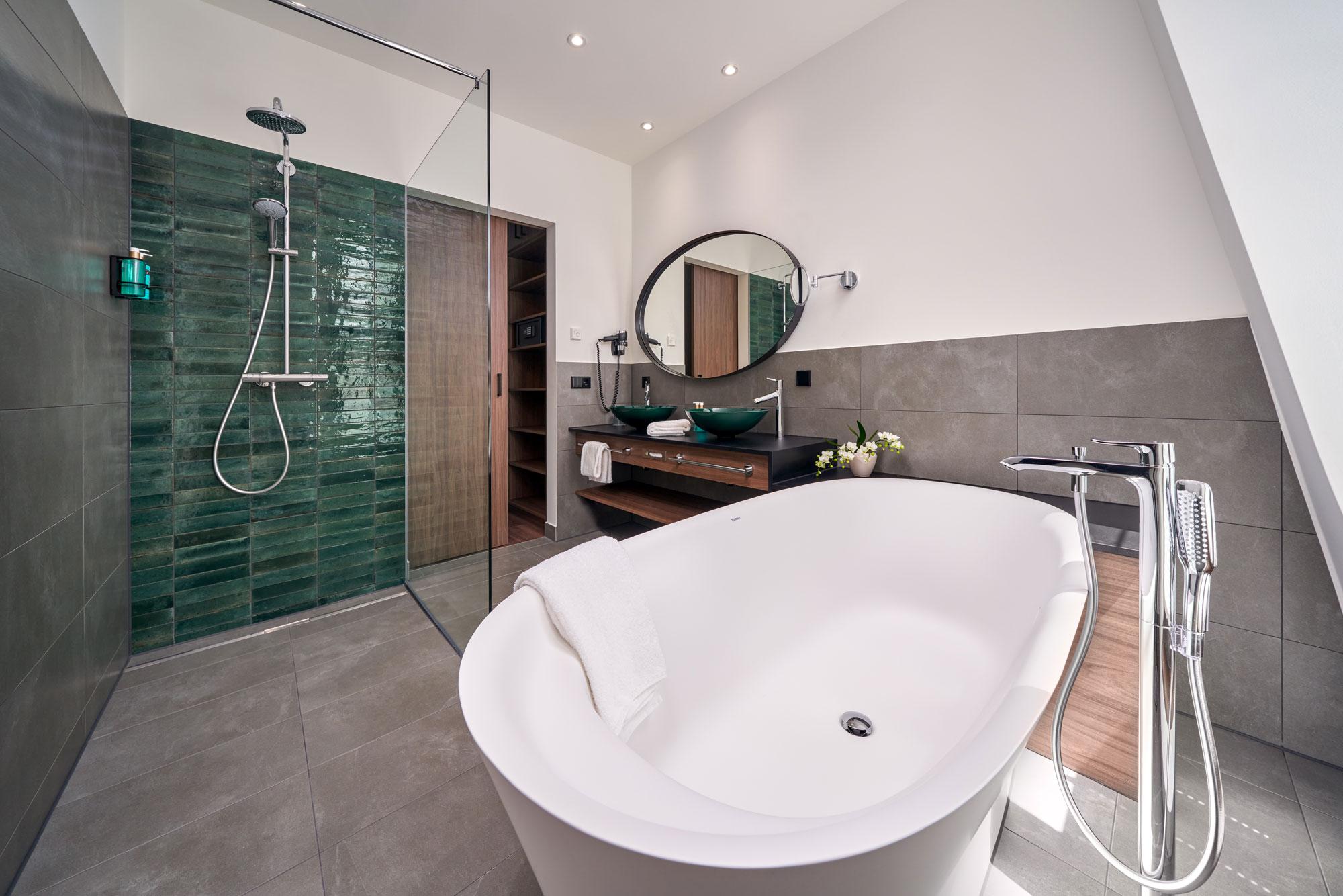 Karls Hotel Sigmaringen Suite Bath